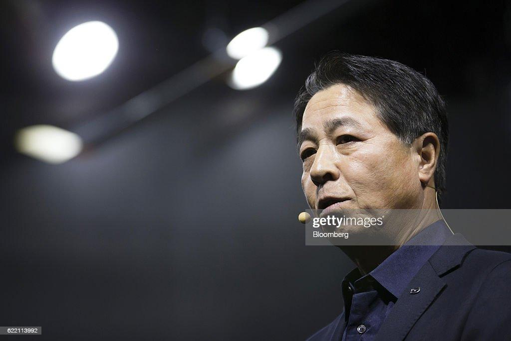 Mazda Motor Corp. President And CEO Masamichi Kogai Presents Roadster RF