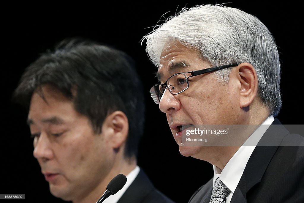 Masaru Kato, executive vice president and chief financial officer of Sony Corp., right, speaks as Shiro Kambe, senior vice president of corporate communications, listens during a news conference in Tokyo, Japan, on Thursday, May 9, 2013. Sony forecast annual profit that missed analyst estimates as Chief Executive Officer Kazuo Hirai counts on new Xperia smartphones and Bravia TVs to regain market share from Samsung Electronics Co. Photographer: Kiyoshi Ota/Bloomberg via Getty Images