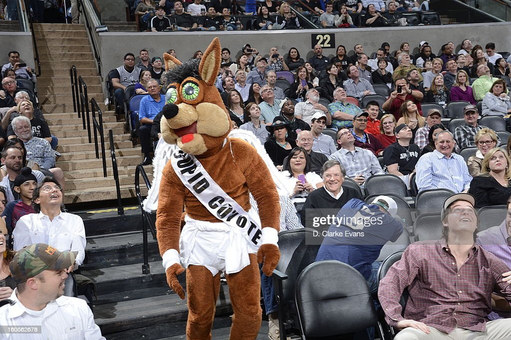 A mascot performs during the game between the Washington Wizards and the San Antonio Spurs on February 2, 2013 at the AT&T Center in San Antonio, Texas.