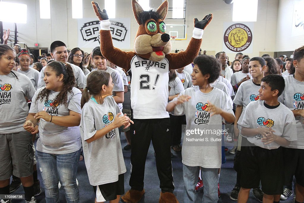 Mascot The Coyote of the San Antonio Spurs interacts with the kids at the 2013 NBA Cares Legacy Project as part of the 2013 NBA Finals on June 7, 2013 at the Wheatley Middle School in San Antonio, Texas.
