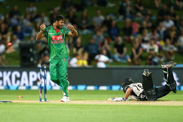 New Zealand v Bangladesh - 1st T20 : News Photo