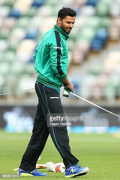 Mashrafe Mortaza of Bangladesh measures his runup prior to playing his 50th Twenty20 International during the first Twenty20 match between New...
