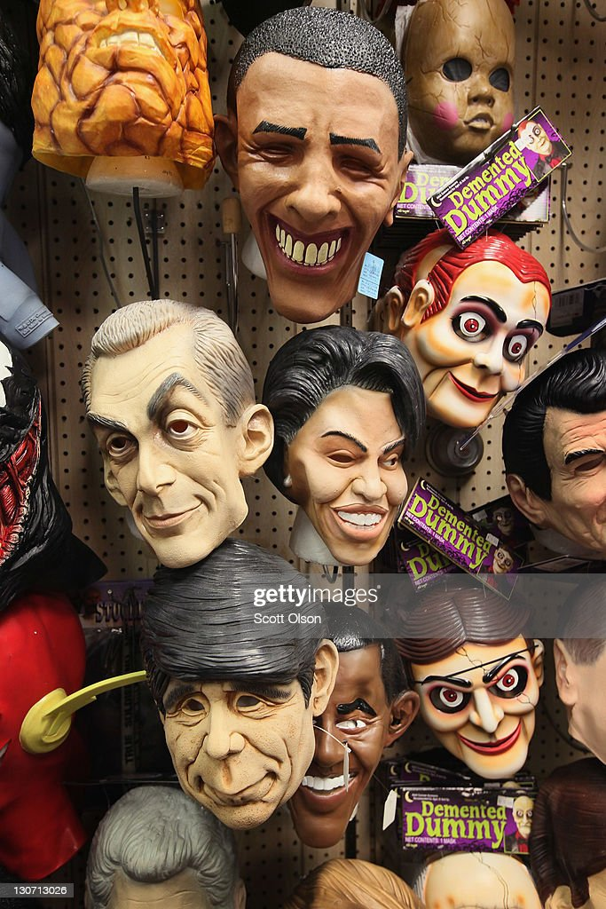masks of first lady michelle and president barack obama chicago mayor rahm emanuel and - President Halloween Mask