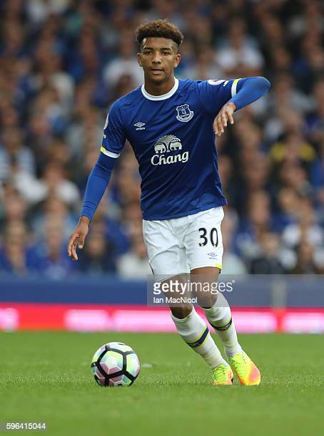 Mason Holgate of Everton controls the ball during the Premier League match between Everton and Stoke City at Goodison Park on August 27 2016 in...