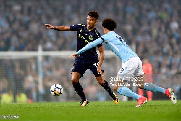 Mason Holgate of Everton during the Premier League match between Manchester City and Everton at Etihad Stadium on August 21 2017 in Manchester England
