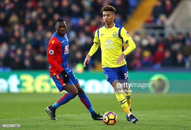 Mason Holgate of Everton in action during the Premier League match between Crystal Palace and Everton at Selhurst Park on January 21 2017 in London...