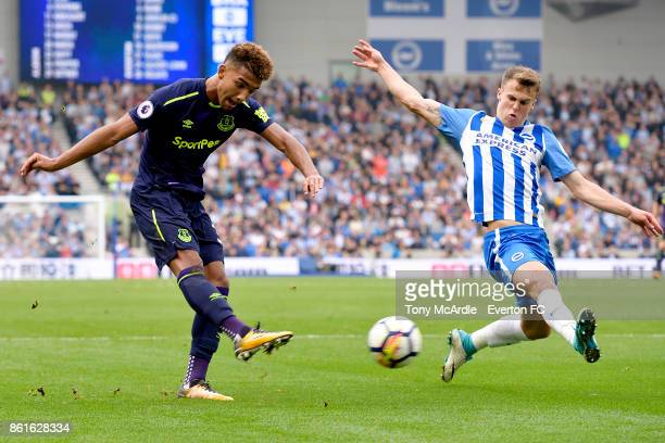 Mason Holgate of Everton with a chance on goal uring the Premier League match between Brighton and Hove Albion and Everton at Amex Stadium on October...