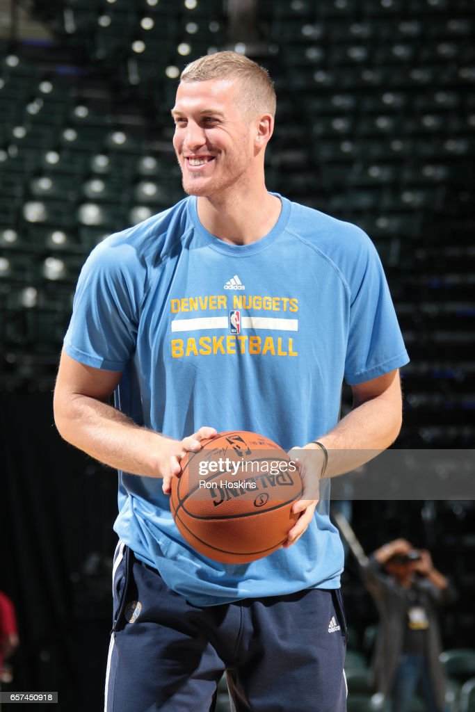 Mason Plumlee #24 of the Denver Nuggets warms up before the game against the Indiana Pacers on March 24, 2017 at Bankers Life Fieldhouse in Indianapolis, Indiana.
