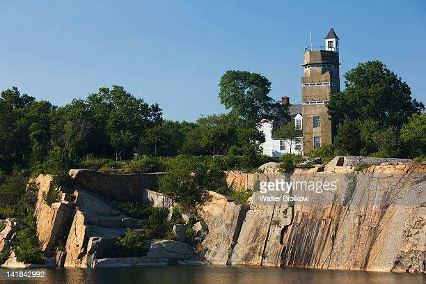 USA, Massachusetts, Cape Ann, Rockport, Halibut Point State Park, WW2 submarine lookout tower and old granite quarry