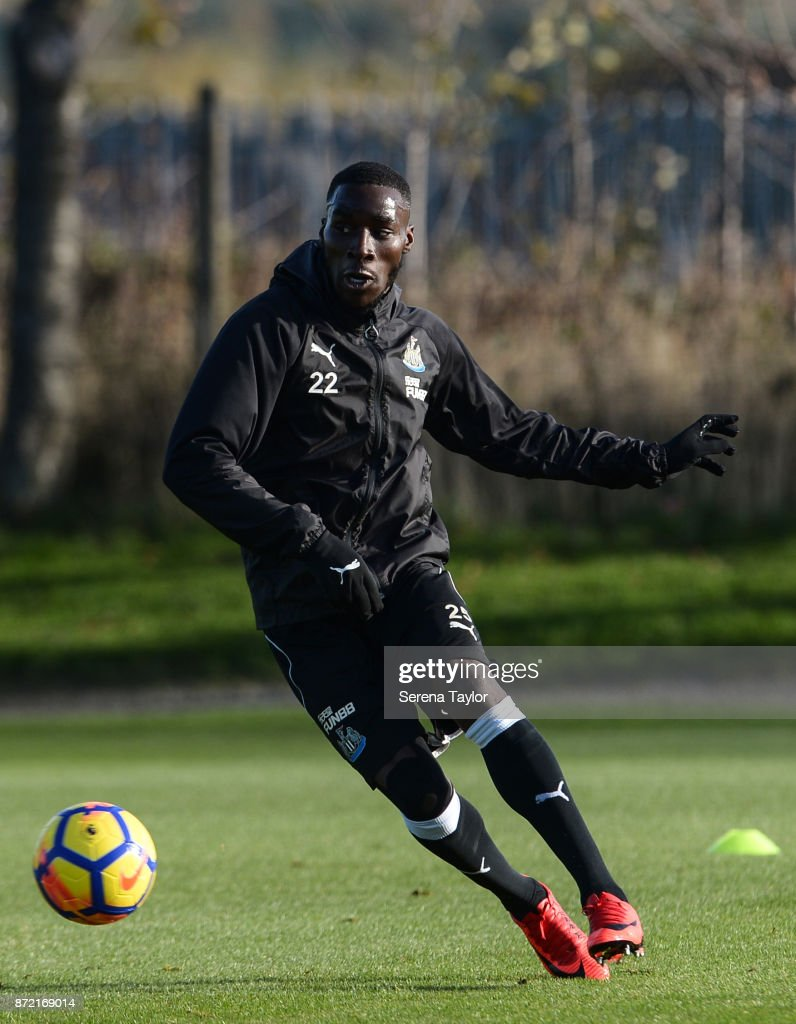 Massadio Haidara passes the ball during the Newcastle United Training session at the Newcastle Untied Training Centre on November 9, 2017 in Newcastle upon Tyne, England.