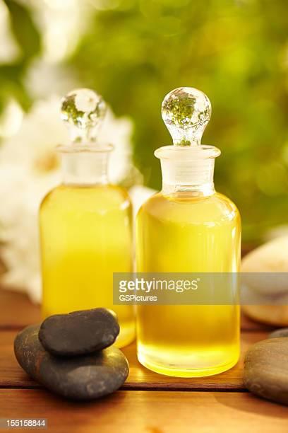 Bottiglie di Olio per massaggio alla spa