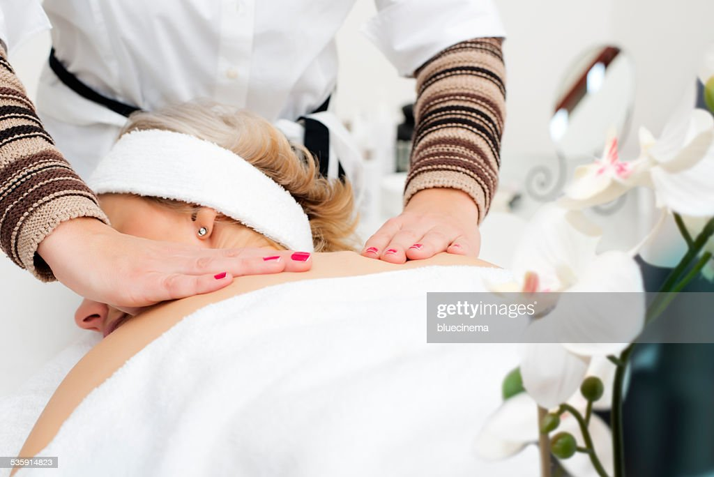 Massagem : Foto de stock