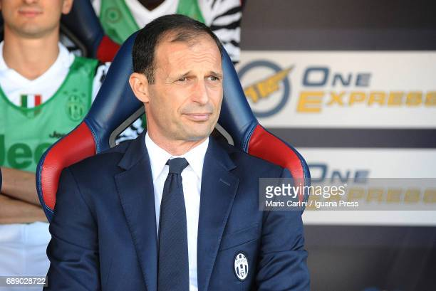 Massimiliano Allegri head coach of Juventus FC looks on prior the beginning of the Serie A match between Bologna FC and Juventus FC at Stadio Renato...