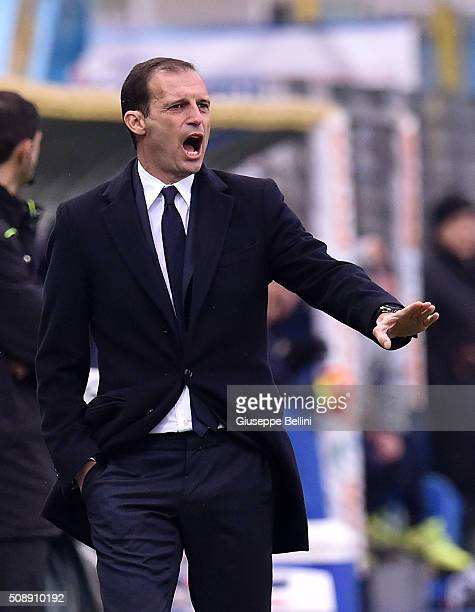 Massimiliano Allegri head coach of Juventus reacts during the Serie A match between Frosinone Calcio and Juventus FC at Stadio Matusa on February 7...