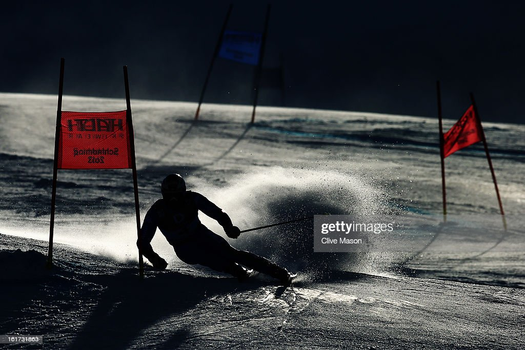 Massimiliano Blardone of Italy skis in the Men's Giant Slalom during the Alpine FIS Ski World Championships on February 15, 2013 in Schladming, Austria.
