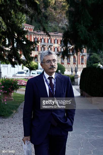 Massimo D'Alema arrives at the 2009 Ambrosetti Economic Workshop on September 5 2009 in Cernobbio Italy Some of the World's top business people heads...