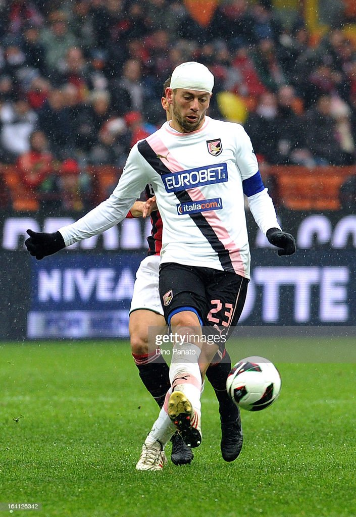Massimo Donati of US Citta di Palermo in action during the Serie A match between AC Milan and US Citta di Palermo at San Siro Stadium on March 17, 2013 in Milan, Italy.