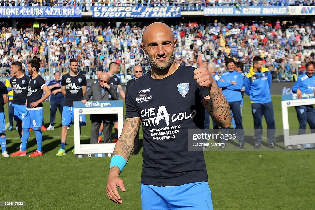 Massimo Maccarone of Empoli FC celebrates the victory the Serie A match between Empoli FC and Bologna FC at Stadio Carlo Castellani on May 1, 2016 in Empoli, Italy.