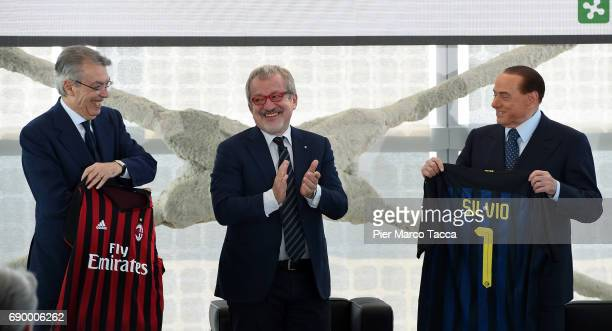 Massimo Moratti Silvio Berlusconi and Roberto Maroni Governor of the Lombardia Region attend Rosa Camuna awards at Palazzo Lombardia on May 30 2017...