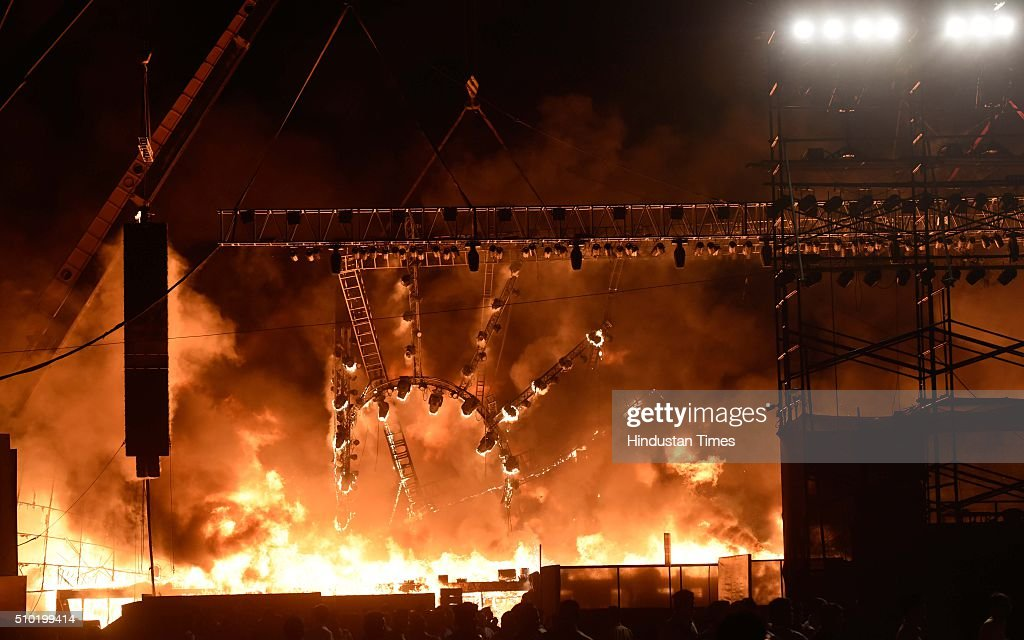 A massive fire broke out during a 'Make in India week' cultural programme at Maharashtra Night at Girgaum Chowpatty on February 14, 2016 in Mumbai, India. The fire broke out almost 10 minutes after Maharashtra CM Devendra Fadnavis delivered his speech at the event, during a lavani performance. The stage collapsed under the impact of the fire. However, no casualties were reported and the venue, at the Girgaum Chowpatty area, was evacuated very soon. Around 16 fire tenders put out the fire in 10 minutes. No casualties have been reported yet. Prime Minister Modi had inaugurated the Make in India Week yesterday as a showcase event for the government's flagship manufacturing scheme.