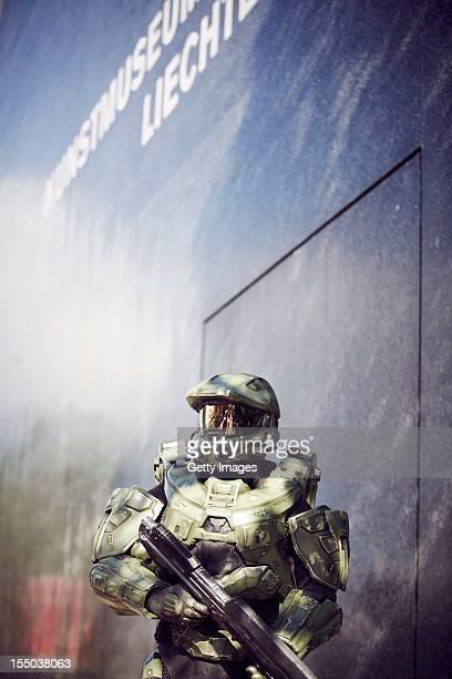 Master Chief stands guard at the Kunst Museum Liechtenstein during the HALO 4 launch by Xbox 360 on October 29 2012 in Balzers Liechtenstein Xbox 360...