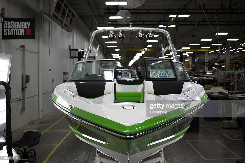 A Mastercraft inboard speed boat awaits final inspection on the assembly line at the Mastercraft Boat Co. factory in Vonore, Tennessee, U.S. on Tuesday, Feb. 4, 2014. Orders for U.S. factory goods, excluding transportation, rose .2 percent in December, according to data released by the Census Bureau. Photographer: Luke Sharrett/Bloomberg via Getty Images