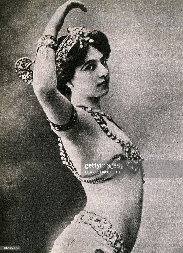 Mata Hari pseudonym of Margaretha Geertruida Zelle Dutch dancer and spy Postcard Paris Hôtel Carnavalet