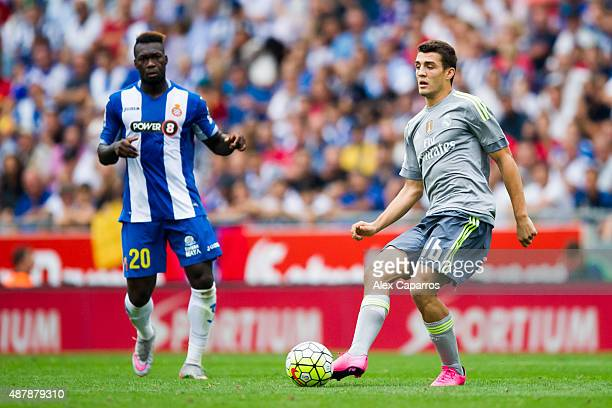 Mateo Kovacic of Real Madrid CF passes the ball during the La Liga match between RCD Espanyol and Real Madrid CF at CornellaEl Prat Stadium on...