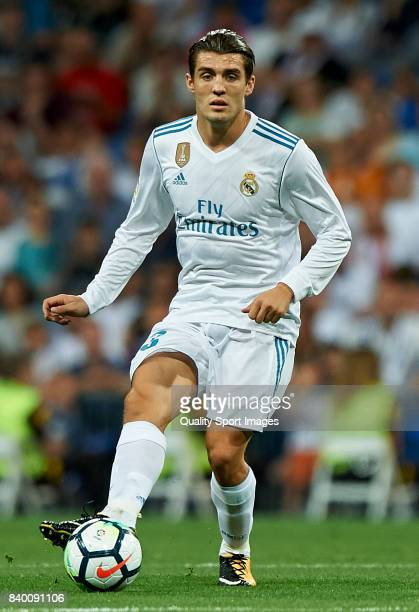 Mateo Kovacic of Real Madrid in action during the La Liga match between Real Madrid and Valencia at Estadio Santiago Bernabeu on August 27 2017 in...