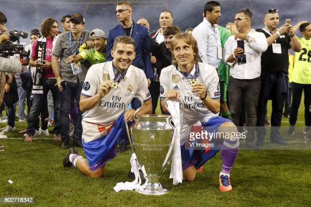 Mateo Kovacic of Real Madrid Luka Modric of Real Madrid with Champions League trophy Coupe des clubs Champions Europeensduring the UEFA Champions...