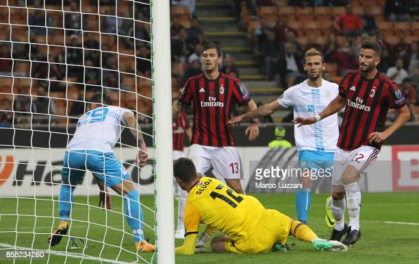 Mateo Musacchio of AC Milan scores a goal during the UEFA Europa League group D match between AC Milan and HNK Rijeka at Stadio Giuseppe Meazza on...