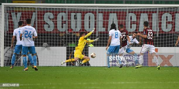 Mateo Musacchio of AC Milan scores his first goal during the UEFA Europa League match between AC Milan and Hrvatski Nogometni Klub Rijeka at Stadio...