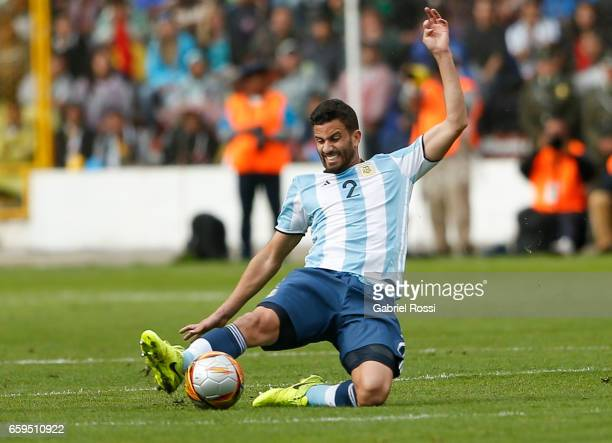 Mateo Musacchio of Argentina controls the ball during a match between Bolivia and Argentina as part of FIFA 2018 World Cup Qualifiers at Hernando...