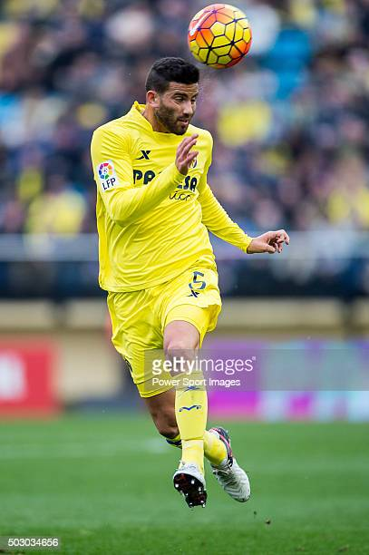 Mateo Musacchio of Villarreal CF in action during the Villarreal CF vs Valencia CF as part of the Liga BBVA 20152016 at El Madrigal on December 31...