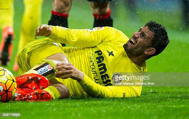 Mateo Musacchio of Villarreal CF reacts during the La Liga match between Athletic Club Bilbao and Villarreal CF at San Mames Stadium on February 6...