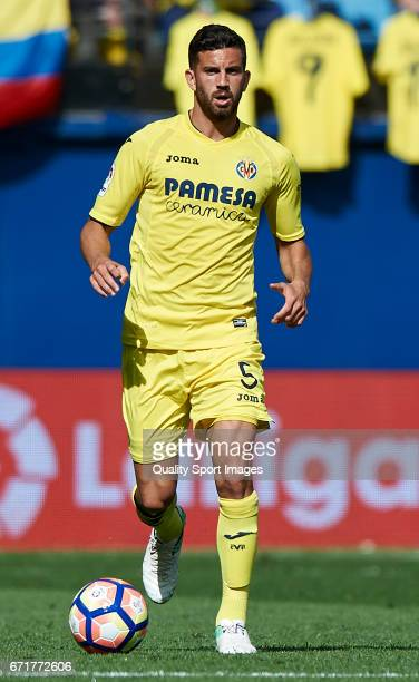 Mateo Musacchio of Villarreal in action during the La Liga match between Villarreal CF and CD Leganes at Estadio de la Ceramica on April 22 2017 in...