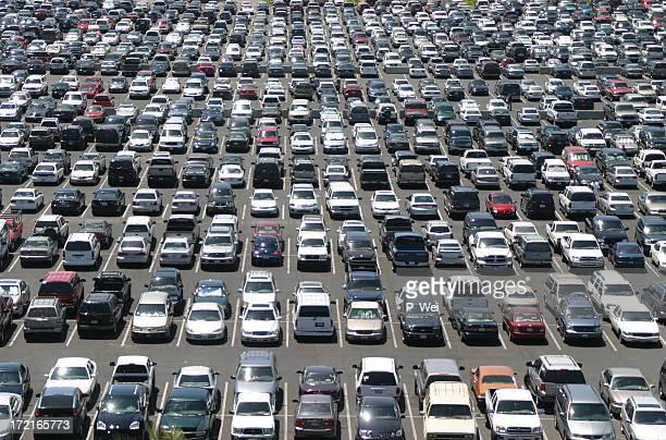 Materiellen Welt: Massive Parkplatz