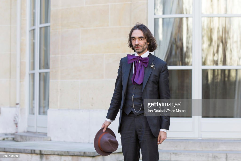 Cedric Villani, Paris Match Issue 3575, November 29, 2017