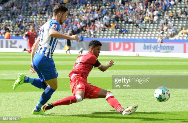 Mathew Leckie of Hertha BSC and Ailton of VfB Stuttgart during the game between Hertha BSC and dem VfB Stuttgart on august 19 2017 in Berlin Germany