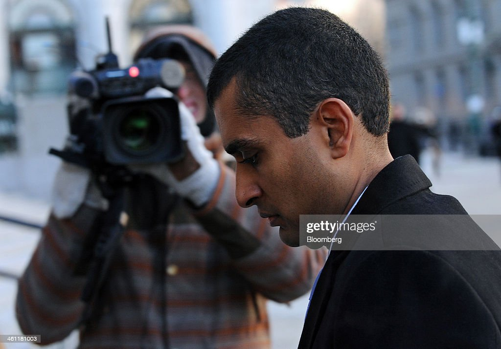 Mathew Martoma, a former portfolio manager with SAC Capital Advisors LP, arrives at federal court in New York, U.S., on Tuesday, Jan. 7, 2014. Martoma, whose trial begins today, won rulings limiting the evidence prosecutors can use to try to prove he made $276 million for SAC based on inside information from two doctors supervising a clinical drug trial. Photographer: Peter Foley/Bloomberg via Getty Images