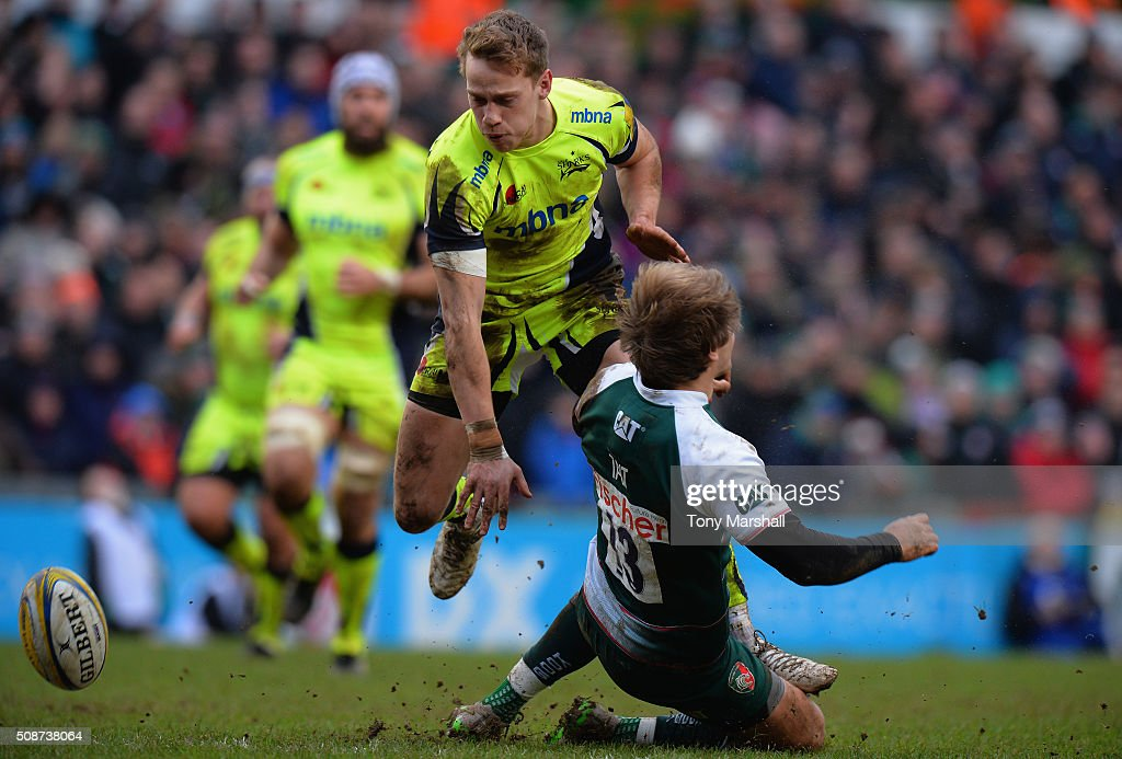 <a gi-track='captionPersonalityLinkClicked' href=/galleries/search?phrase=Mathew+Tait&family=editorial&specificpeople=214771 ng-click='$event.stopPropagation()'>Mathew Tait</a> of Leicester Tigers is tackled by Mike Haley of Sale Sharks during the Aviva Premiership match between Leicester Tigers and Sale Sharks at Welford Road on February 6, 2016 in Leicester, England.