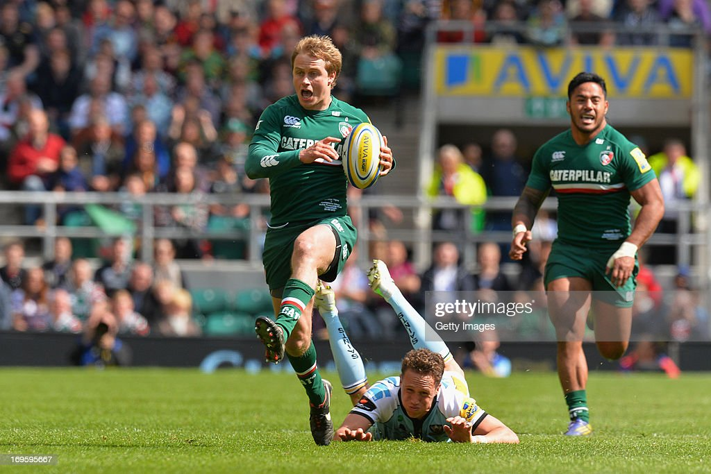 Mathew Tait of Leicester Togers makes a break during the Aviva Premiership Final between Leicester Tigers and Northampton Saints at Twickenham Stadium on May 25, 2013 in London, England.