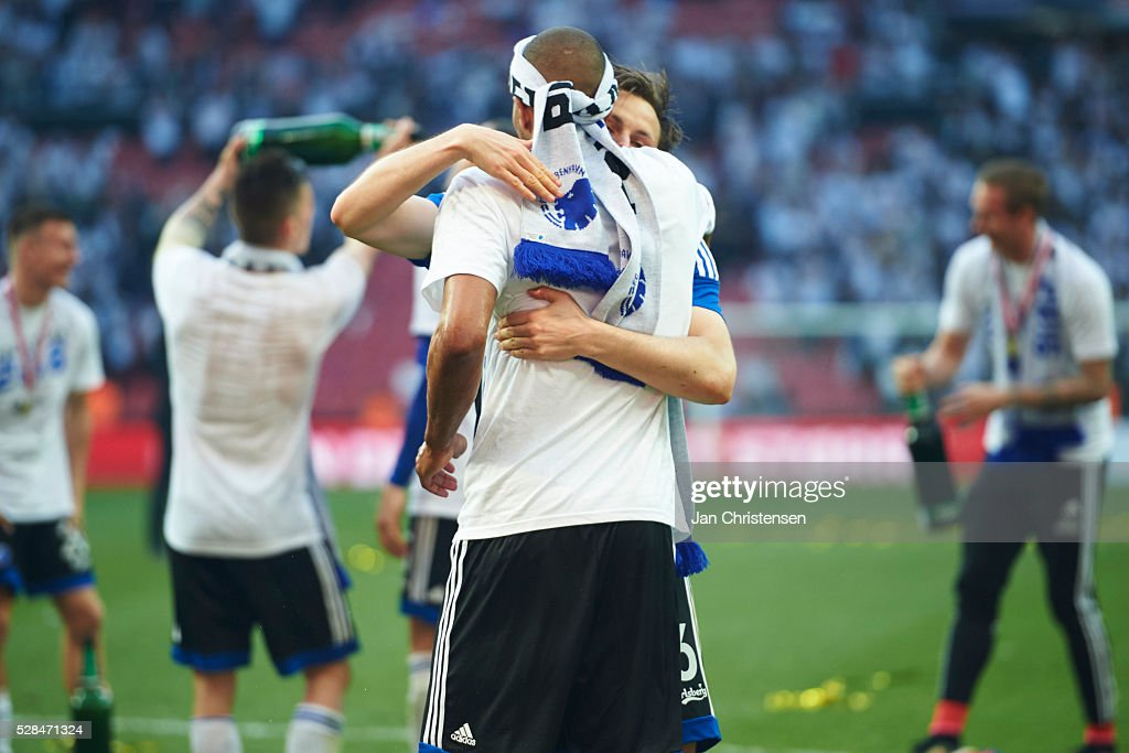 Mathias Jorgensen of FC Copenhagen and William Kvist of FC Copenhagen celebrate after the DBU Pokalen Cup Final match between AGF Arhus and FC Copenhagen at Telia Parken Stadium on May 05, 2016 in Copenhagen, Denmark.