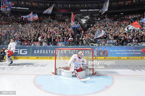 Mathias Niederberger of the Duesseldorfer EG during the DEL game between the Eisbaeren Berlin and Duesseldorfer EG on January 22 2016 in Berlin...