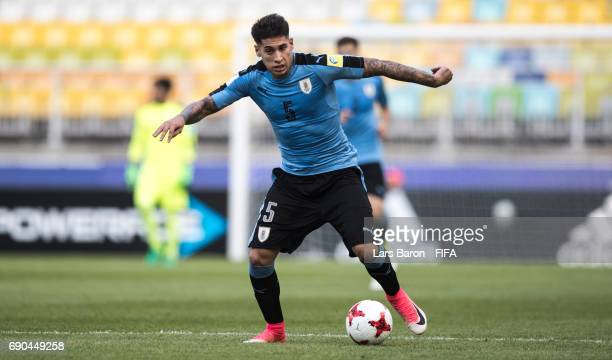 Mathias Olivera of Uruguay runs with the ball during the FIFA U20 World Cup Korea Republic 2017 Round of 16 match between Uruguay and Saudi Arabia at...