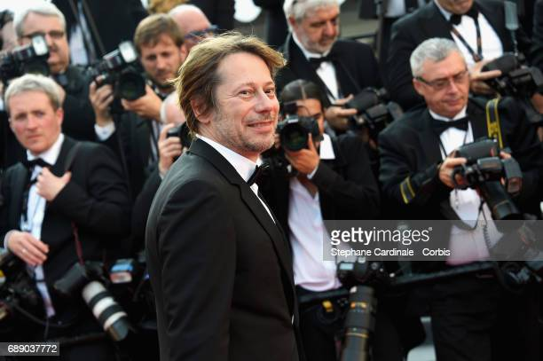 Mathieu Amalric attends the 'Based On A True Story' premiere during the 70th annual Cannes Film Festival at Palais des Festivals on May 27 2017 in...