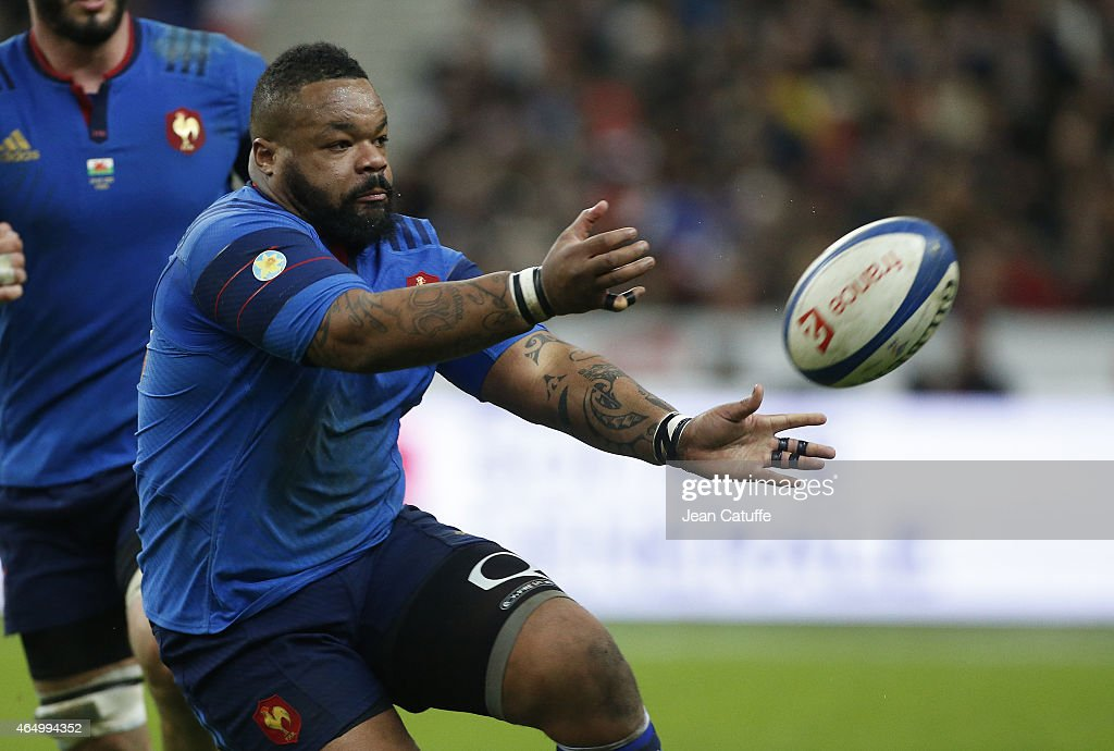<a gi-track='captionPersonalityLinkClicked' href=/galleries/search?phrase=Mathieu+Bastareaud&family=editorial&specificpeople=677501 ng-click='$event.stopPropagation()'>Mathieu Bastareaud</a> of France in action during the RBS Six Nations rugby match between France and Wales at Stade de France stadium on February 28, 2015 in Saint-Denis near Paris, France.