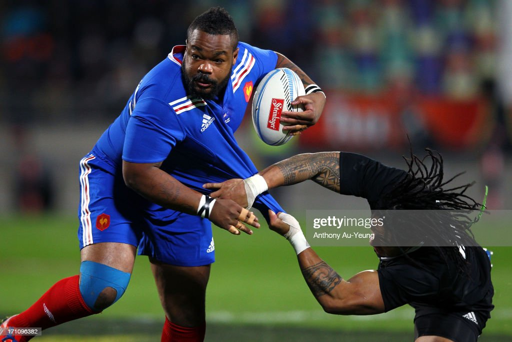 <a gi-track='captionPersonalityLinkClicked' href=/galleries/search?phrase=Mathieu+Bastareaud&family=editorial&specificpeople=677501 ng-click='$event.stopPropagation()'>Mathieu Bastareaud</a> of France is tackled by <a gi-track='captionPersonalityLinkClicked' href=/galleries/search?phrase=Ma%27a+Nonu&family=editorial&specificpeople=224641 ng-click='$event.stopPropagation()'>Ma'a Nonu</a> of the All Blacks during the Third Test Match between the New Zealand All Blacks and France at Yarrow Stadium on June 22, 2013 in New Plymouth, New Zealand.