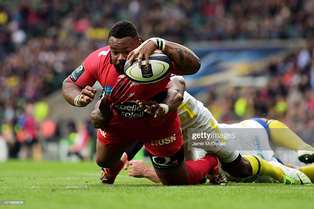 <a gi-track='captionPersonalityLinkClicked' href=/galleries/search?phrase=Mathieu+Bastareaud&family=editorial&specificpeople=677501 ng-click='$event.stopPropagation()'>Mathieu Bastareaud</a> of Toulon barges over to score his team's first try during the European Rugby Champions Cup Final match between ASM Clermont Auvergne and RC Toulon at Twickenham Stadium on May 2, 2015 in London, England.