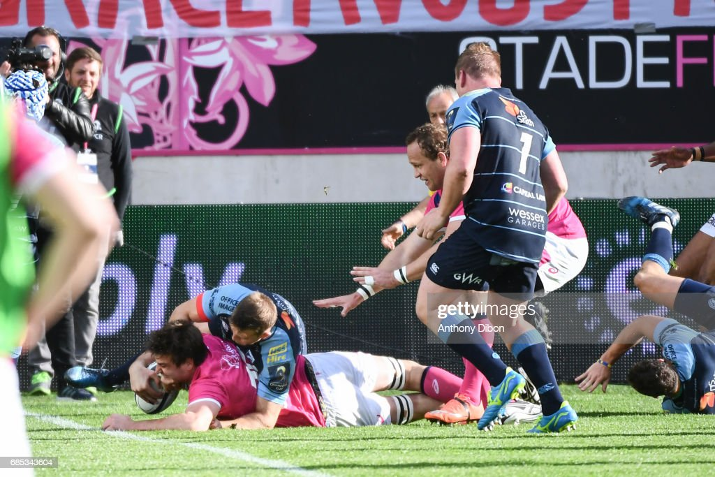 Mathieu De Giovanni of Stade Francais scores a try during the Champions Cup Play-offs match between Stade Francais Paris and Cardiff Blues at Stade Jean Bouin on May 19, 2017 in Paris, France.